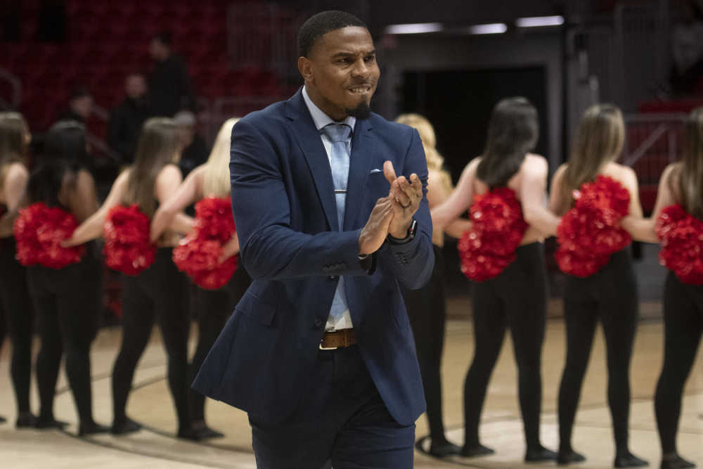 Keeping Keith Pickens on staff helps 'comfort level' of SEMO coach, players