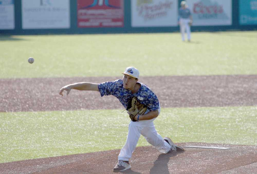 Klein throws perfect game in Fighting Squirrels 11-0 win over the Stix, Howard collects three RBIs in win over Titans; Willingham tosses gem for Southeast Tropics